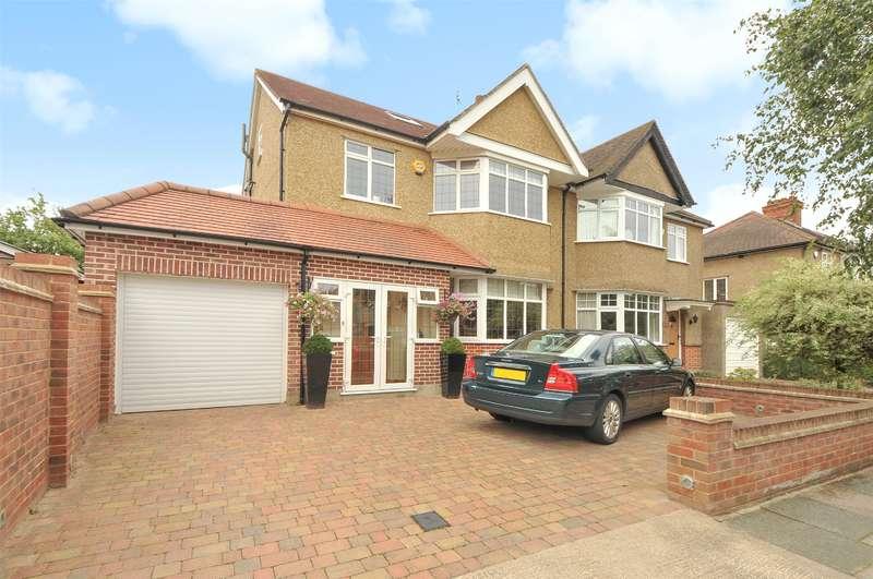 4 Bedrooms Semi Detached House for sale in Hawthorne Avenue, Ruislip, Middlesex, HA4