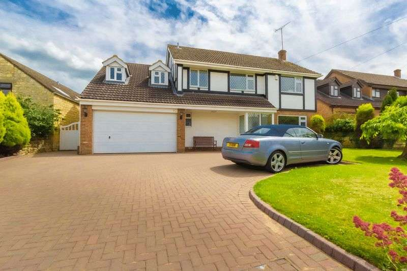 4 Bedrooms Detached House for sale in Church Road, Leckhampton, Cheltenham