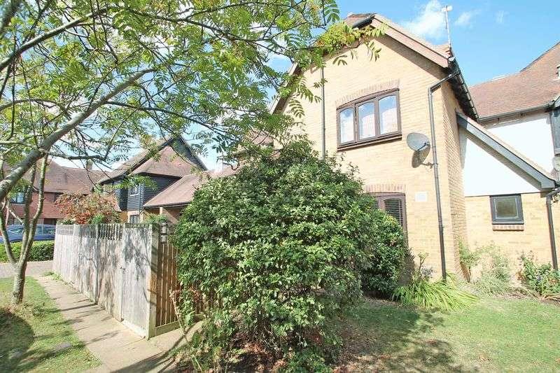 3 Bedrooms Terraced House for sale in 28 Morley Drive, Horsmonden, Tonbridge