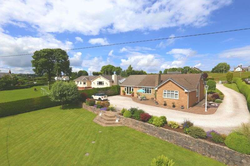 4 Bedrooms Detached Bungalow for sale in Rhes-Y-Cae