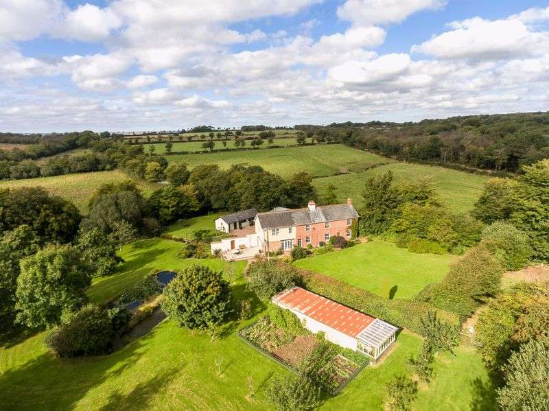 4 Bedrooms Detached House for sale in Rackenford, Tiverton