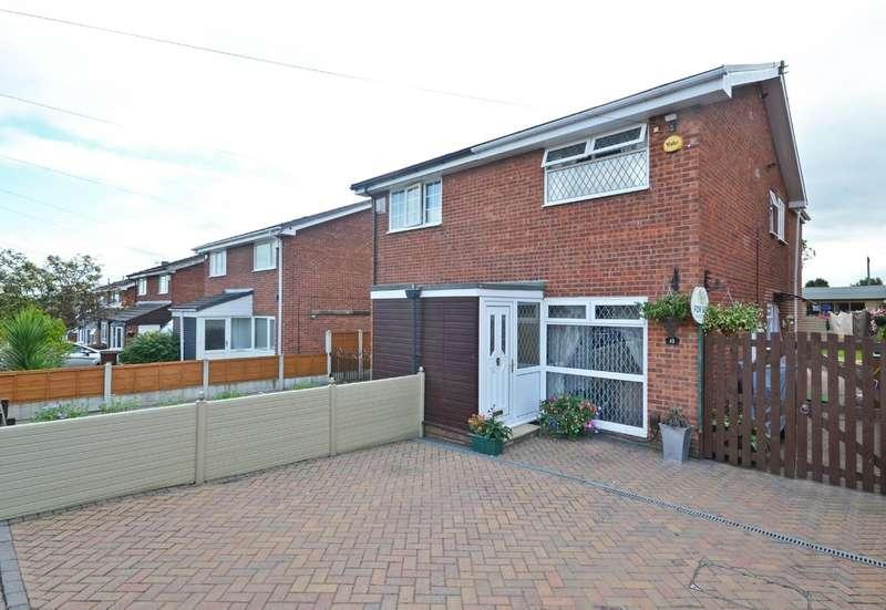 3 Bedrooms Semi Detached House for sale in Haldane Crescent, Wakefield