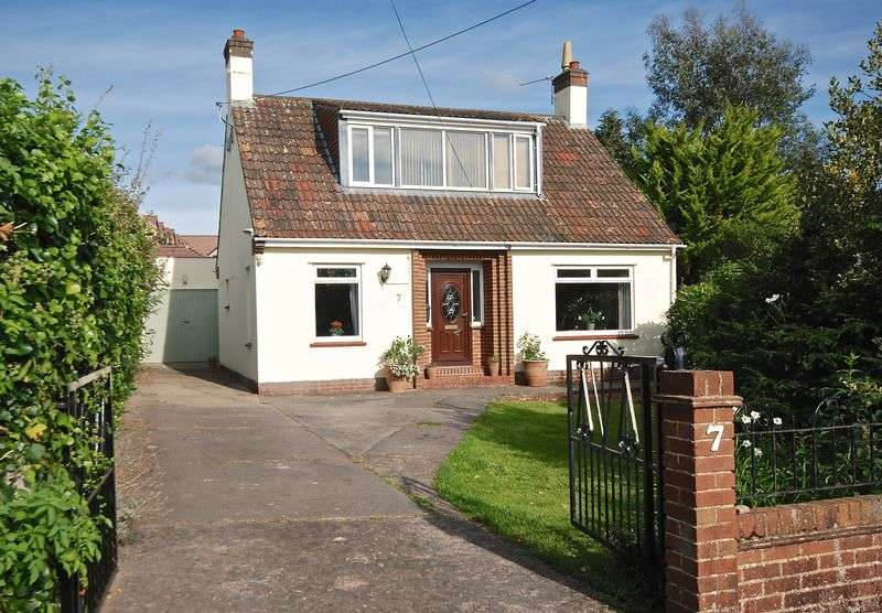 3 Bedrooms Detached House for sale in Ash Grove, Wells
