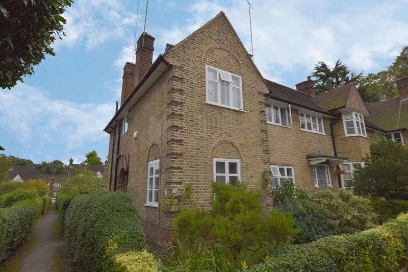 4 Bedrooms Cottage House for sale in Coleridge Walk, Hampstead Garden Suburb, London NW11
