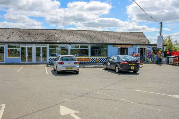 Commercial Property for sale in Three Shop Units, 36 Beach Road, Snettisham