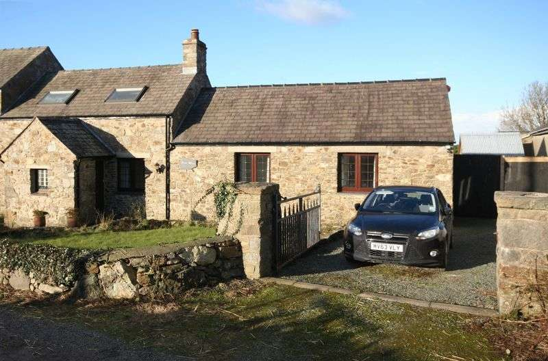 3 Bedrooms Cottage House for sale in Pencraigwen, Llannerch-Y-Medd