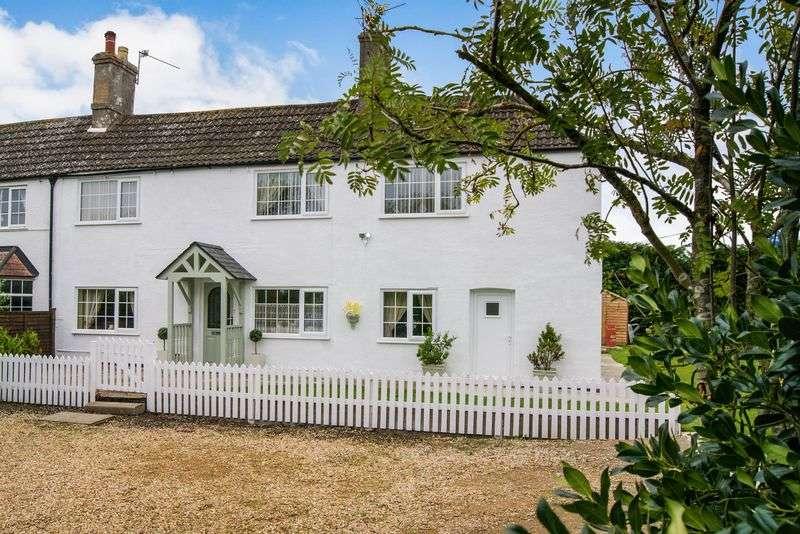 3 Bedrooms Semi Detached House for sale in Allington Lane, Foston