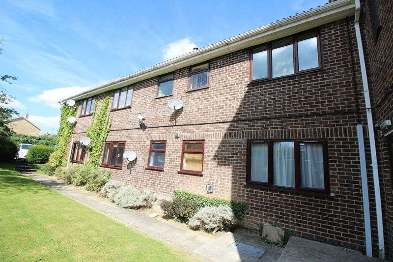 1 Bedroom Flat for sale in Brighton Road, Crawley