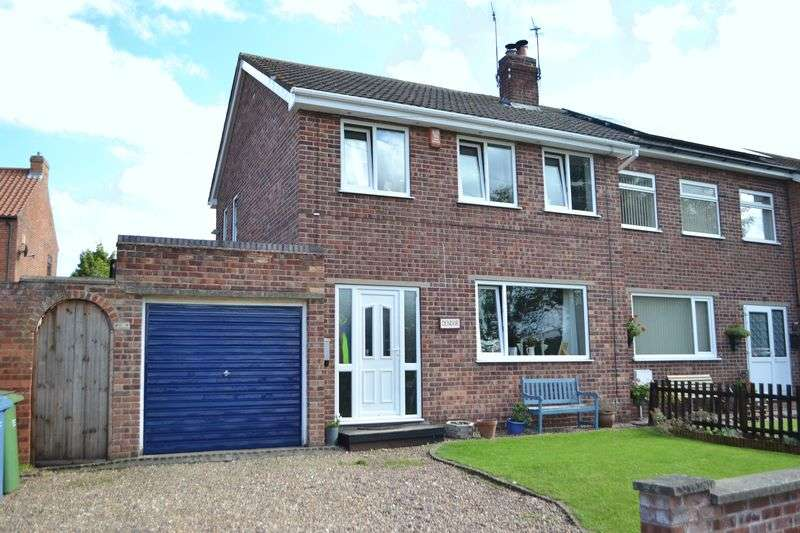 3 Bedrooms Semi Detached House for sale in High Street, Walkeringham