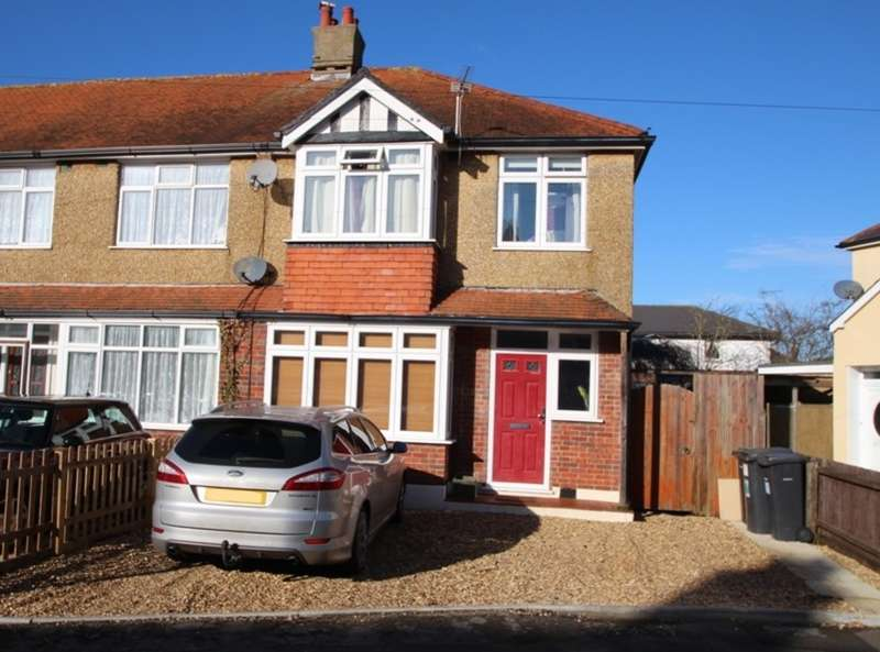 3 Bedrooms Semi Detached House for sale in TUCKTON