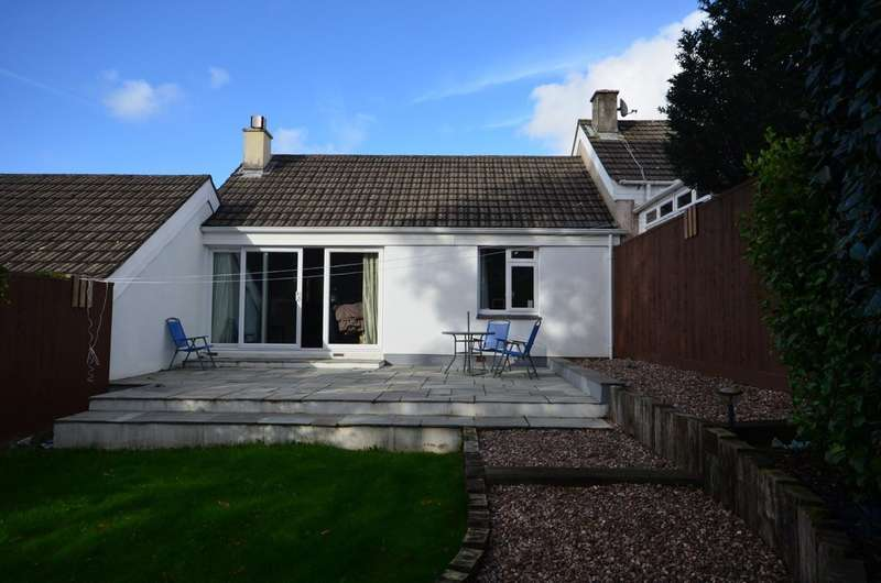2 Bedrooms Terraced Bungalow for sale in The Leas, Truro