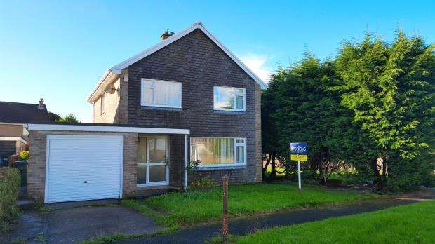 4 Bedrooms Detached House for sale in Caldicot Gardens, Plymouth, Devon