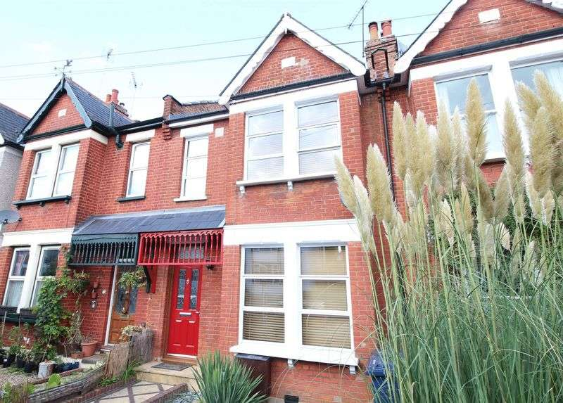 4 Bedrooms Terraced House for sale in Crescent Road, New Barnet
