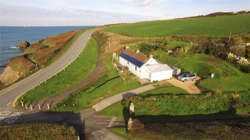 3 Bedrooms Detached Bungalow for sale in Lower Hill Cottage, Broad Haven, Haverfordwest, Pembrokeshire