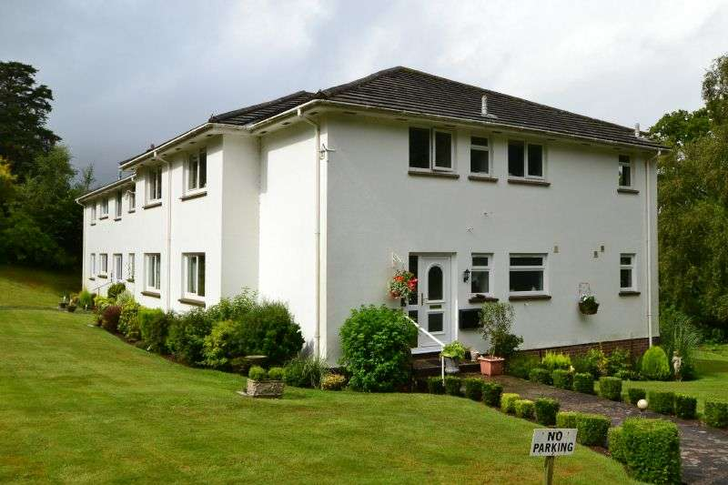 3 Bedrooms Ground Flat for sale in EXMOUTH ROAD, BUDLEIGH SALTERTON, NR EXETER, DEVON