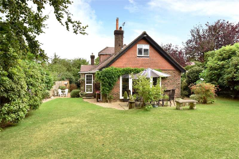 4 Bedrooms Detached House for sale in St. Johns Road, Crowborough