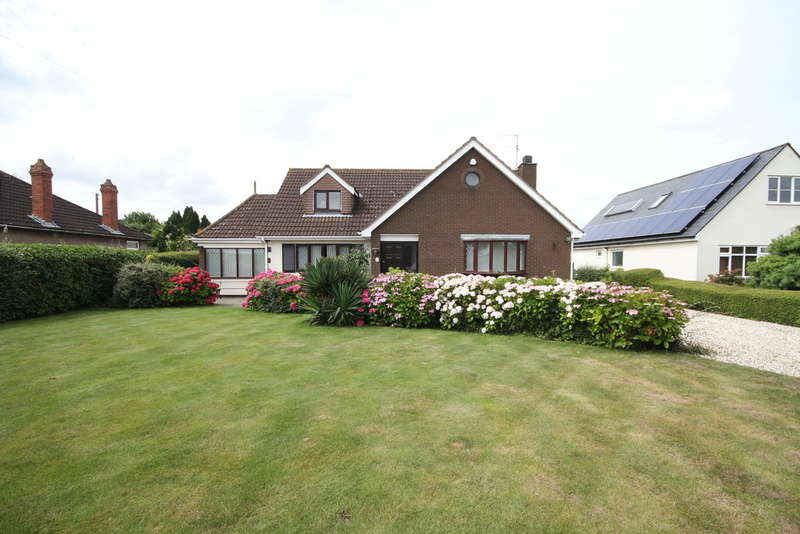 4 Bedrooms Detached House for sale in Park Lane, Kendleshire, Winterbourne, Bristol BS36 1AT