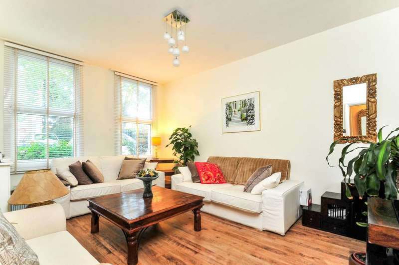 1 Bedroom Flat for sale in Spencer Road, Chiswick, W4