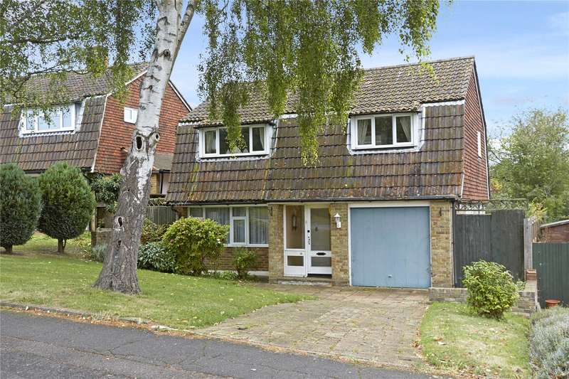 3 Bedrooms Detached House for sale in Treadwell Road, Epsom, Surrey, KT18