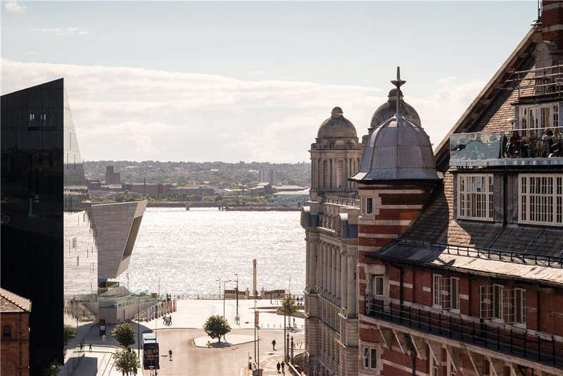 Apartment Flat for sale in James Street, Liverpool, Merseyside, L2