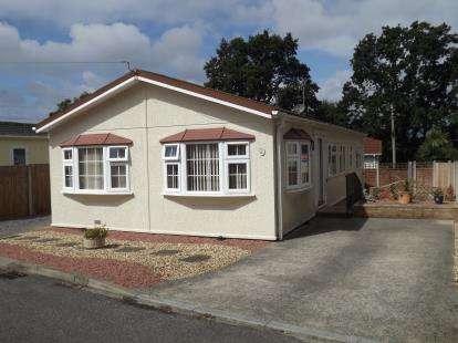 2 Bedrooms Mobile Home for sale in Oak Tree Park, St. Leonards, Ringwood