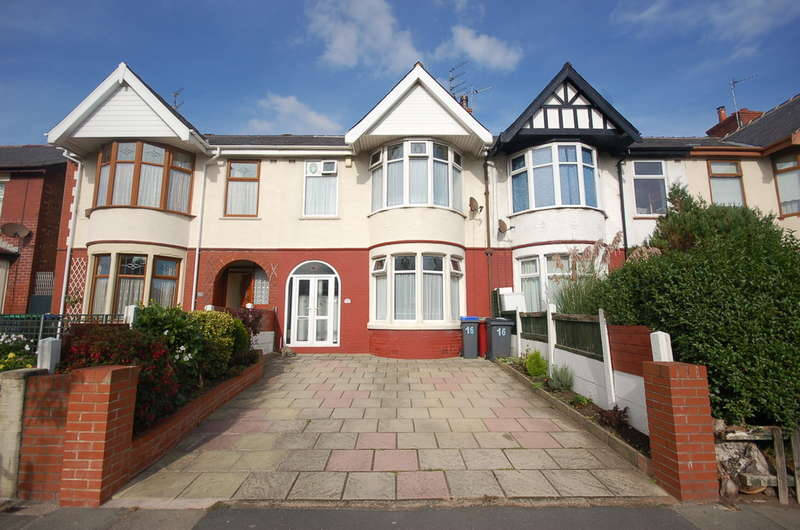 3 Bedrooms Semi Detached House for sale in Mere Road, Blackpool