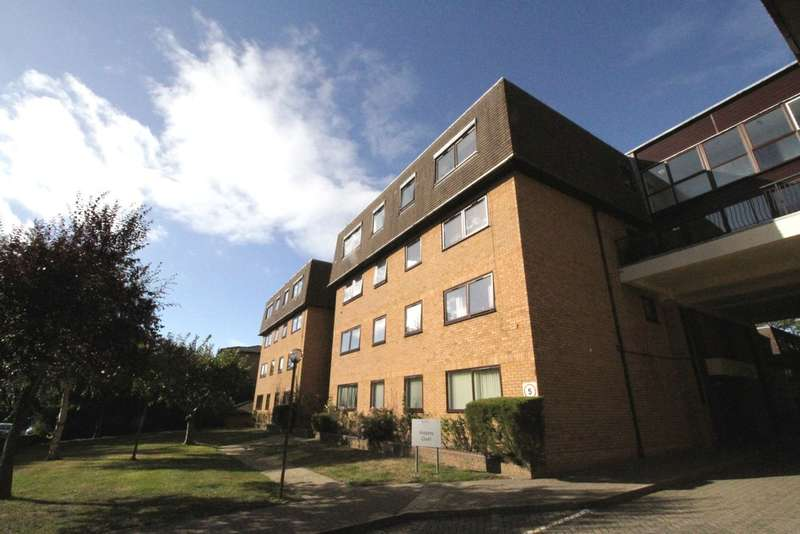 1 Bedroom Ground Flat for sale in Widmore Road, Bromley