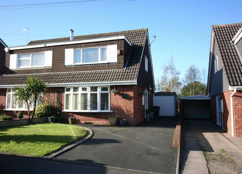 3 Bedrooms Semi Detached House for sale in KINGSWINFORD, Tunstall Road