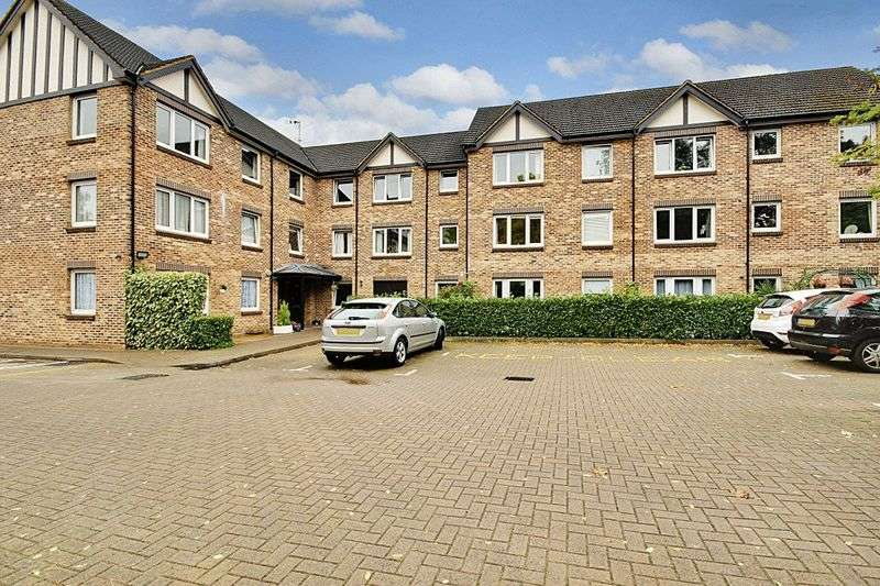 1 Bedroom Retirement Property for sale in Parkgate Court, Woking, GU22 7RW