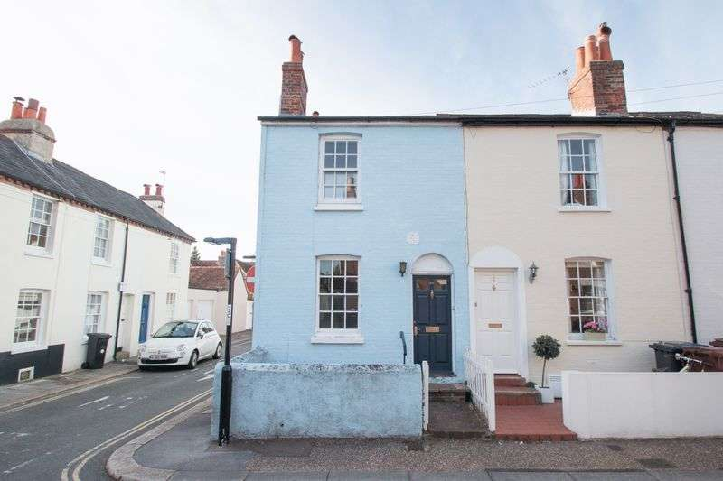2 Bedrooms Terraced House for sale in Cavendish Street, Chichester