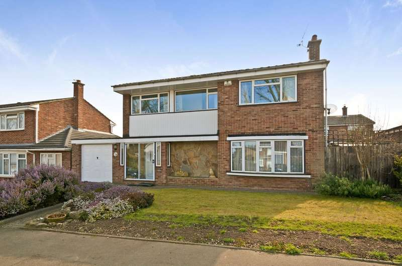 4 Bedrooms Detached House for sale in Hildenborough Crescent, Allington, Maidstone, ME16