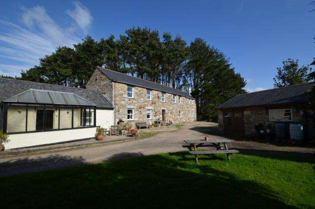 6 Bedrooms Detached House for sale in Long Rock, Penzance, Cornwall