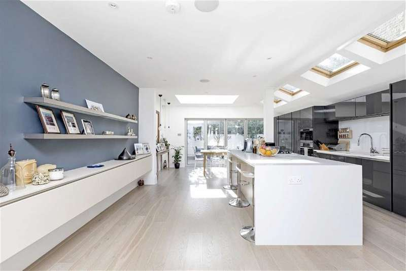 4 Bedrooms House for sale in Ringmer Avenue, Fulham