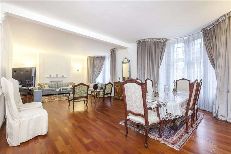 4 Bedrooms Flat for sale in Bickenhall Mansions, Bickenhall Street, London, W1U