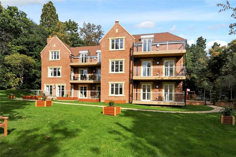 2 Bedrooms Flat for sale in Ascot Corner, Wells Lane, Ascot, Berkshire, SL5