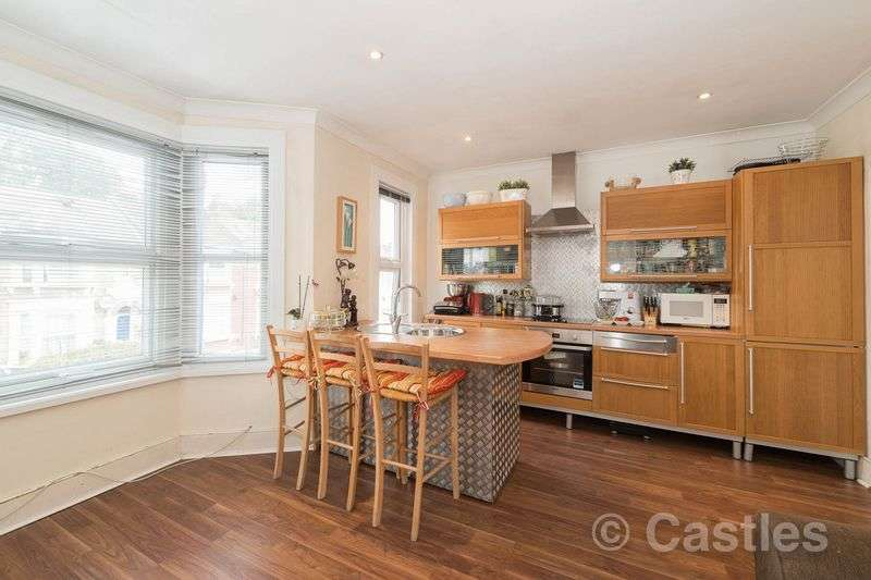 2 Bedrooms Flat for sale in Cranbrook Park N22