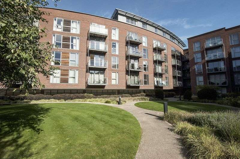 1 Bedroom Flat for sale in The Heart, Walton on Thames.