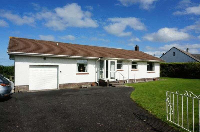 3 Bedrooms Detached Bungalow for sale in St. Gennys, Bude