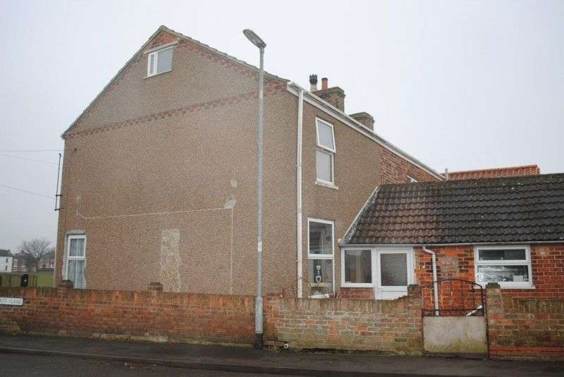 3 Bedrooms House for sale in Yarborough Road, Grimsby