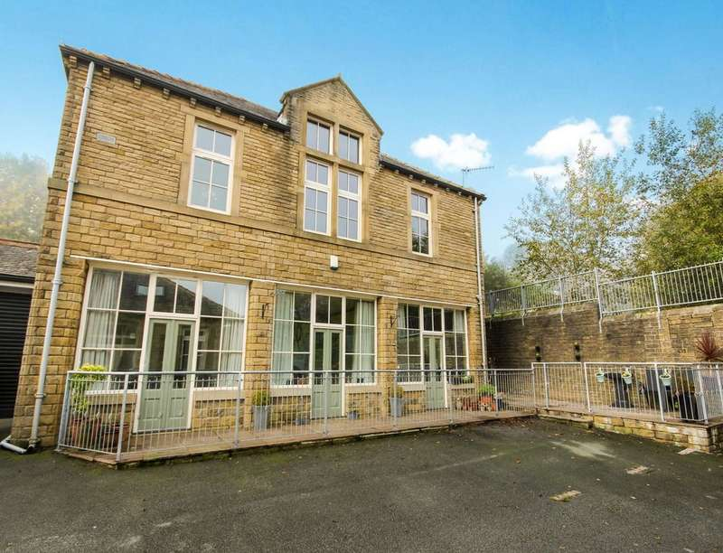 3 Bedrooms Detached House for sale in The Lodge Butt Lane, Haworth, KEIGHLEY, BD22