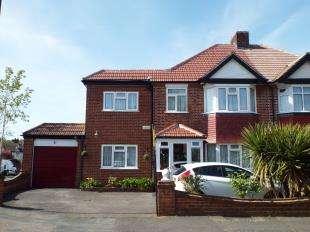 5 Bedrooms Semi Detached House for sale in Greville Avenue, South Croydon, Surrey