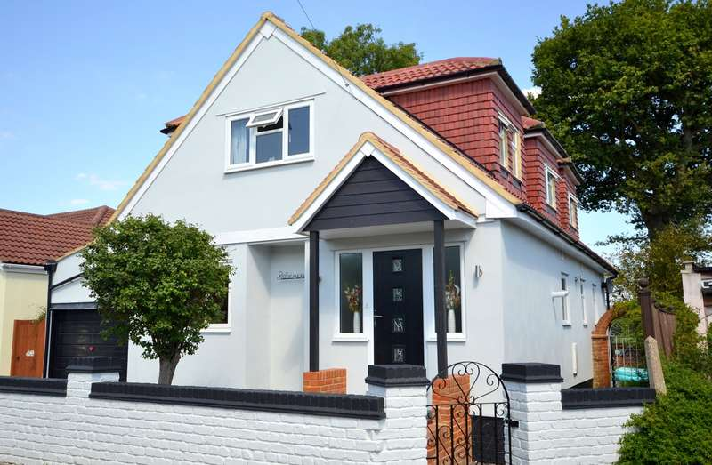 4 Bedrooms Bungalow for sale in Shepperton
