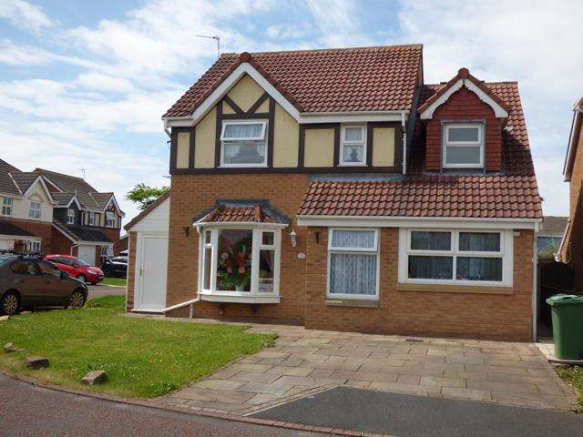 4 Bedrooms Detached House for sale in Tower Close, Thornton Cleveleys, Lancashire, FY5 2WG