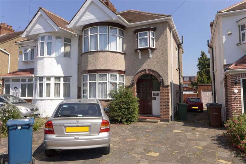 3 Bedrooms Property for sale in Alveston Avenue, Harrow, Middlesex