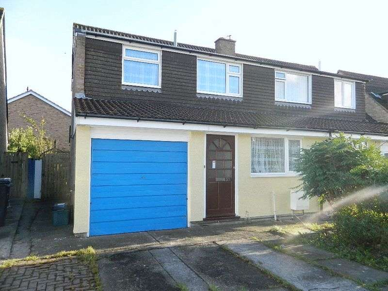 3 Bedrooms Semi Detached House for sale in MEAD VALE