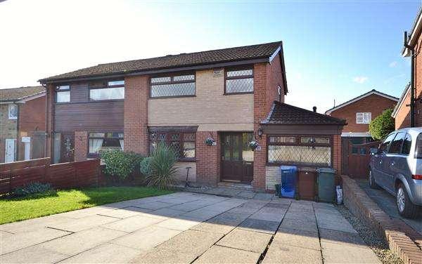 4 Bedrooms Semi Detached House for sale in Castle House Lane, Adlington, Chorley