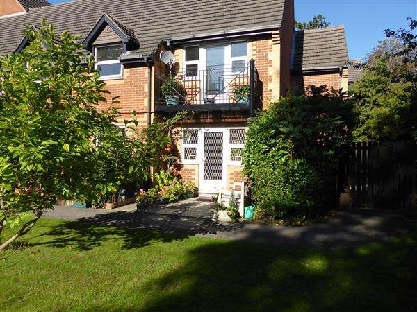 2 Bedrooms Retirement Property for sale in Marlborough House, Northcourt Avenue, Reading