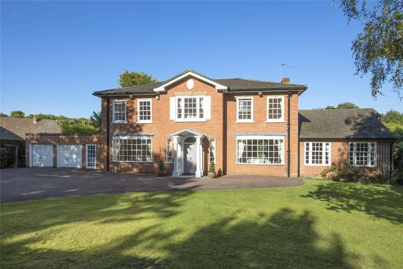 3 Bedrooms Detached House for sale in Silverdale Avenue, Walton-on-Thames, Surrey, KT12