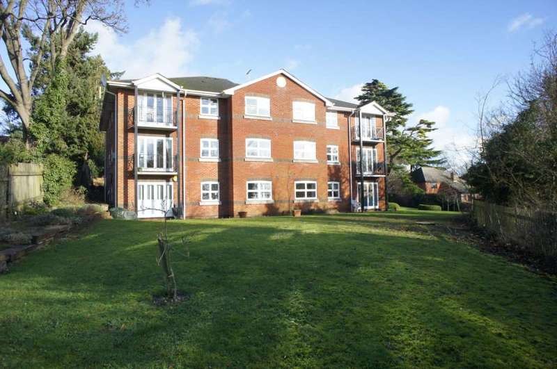 2 Bedrooms Flat for sale in St Peters Avenue, Caversham