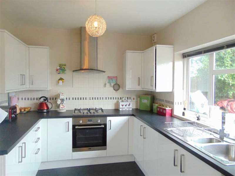 4 Bedrooms House for sale in Broom Avenue, Orpington